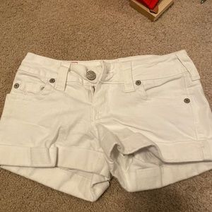 True religion Jean shorts size 27 white